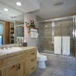 481 Guest Bath