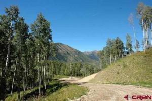 Private ranch road