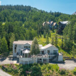 Ski in – Ski out from Homeowner's trail – 9 bedrooms/10 baths – Views!